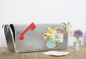 blog-mariage-la-mariee-aux-pieds-nus-DIY-personnaliser-son-urne-de-mariage-avec-des-etiquettes-de-voyage-vintage-10-597x412
